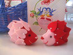Hedgehog mini pincushions/original pattern Lollychops