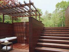 Fantastic outdoor shower! - http://pinhome.net/deck-patio-outdoor/fantastic-outdoor-shower/