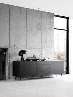 An interior design service tailored to you. BoConcept is a Danish furniture store that turns houses into modern homes. Browse our designer furniture. Interior Design Inspiration, Home Interior Design, Interior Styling, Interior Architecture, Luxury Interior, Interior Modern, Beton Design, Boconcept, Black Sideboard