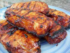 Garlic & Honey Pork Chops. Cld be frozen. Marinate night before:  4 pork chops, 4 T lemon juice, 4 T honey, 2 T soy sauce, 1 T sherry (cider?), 2 garlic cloves (1?), (add onion?) broil or grill med hot coals 12 to 15 min Honey Pork Chops, Grilled Pork Chops, Grilled Meat, Bbq Pork Ribs, Pork Rib Recipes, Best Bbq, Soy Sauce, Tandoori Chicken, Night