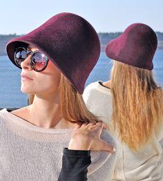 Cloche Damen/Hut/Hat/Women/Filzhut, elegant, Trend, aubergine, Winter, Millinery, handgefertigt, romantisch, 20er Jahre, handcrafted von NadaQuenzel auf Etsy