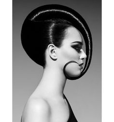Amazing Avant Garde Hairstyle -  Swirl, Slicked And Shiny. Look Fantastic - Simple Yet Effective, #AvantGarde