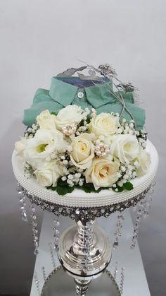 Hantaran fresh flower all white