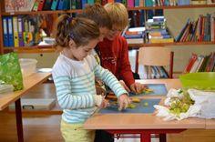 """""""Toll finde ich, dass wir #Eltern ein bisschen in den #Unterricht #miteinbezogen werden und die #Kinder #unterstützen dürfen, an das zu Lernende leichter heranzugehen"""" – meint Sabine in unserem #Blog und erklärt in #Wort und #Bild, was sie meint!"""