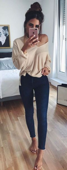 Nice 60 Trending Casual Outfits For Inspiration On Fall 2018 https://outfitmad.com/2018/05/22/60-trending-casual-outfits-for-inspiration-on-fall-2018/