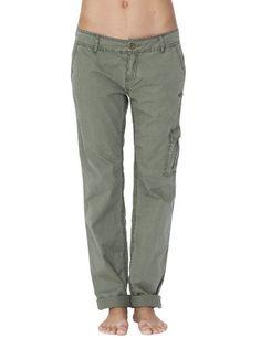 Intéressé(e) par notre rubrique Sportswear ? Profitez de nos promotions femme de -30% à -50%*. Visitez également notre boutique Vêtements de sport.  Roxy Neon Night Pantalon Femme Roxy, http://www.amazon.fr/dp/B006FE4WLS/ref=cm_sw_r_pi_dp_.rmPrb06DXRDH