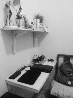 #myroom#blackandwhite