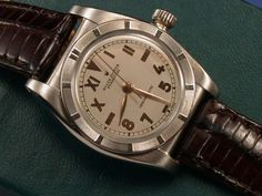 Vintage Gold Rolex Oyster Perpetual, a watch for men's man.