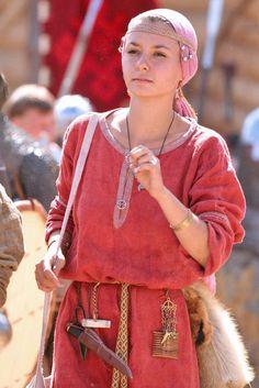 Medieval Slavic costume of Ancient Russia: Dregovichi?
