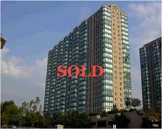 SOLD  2 bedroom condo in Mississauga, very desirable area. Close to transit. Has a solarium.