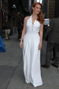 Jessica Chastain – 2014-10-16 – arriving at the 'Late Show with David Letterman' in New York (no. 3661)