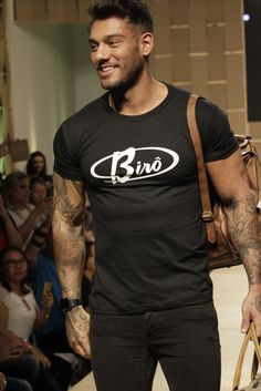 Sport Wear, Sports, Mens Tops, T Shirt, How To Wear, Collection, Fashion, Men Styles, Dressing Up