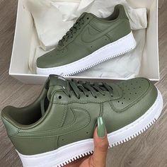 buy popular 1b346 77455 sherlinanym Nike Air Max, Nike Air Force 2, Air Force Shoes, Green