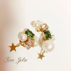 starイヤーカフ&ピアス green Beading Jewelry, Bead Earrings, Jewelries, Beaded Embroidery, Sparkles, Diy And Crafts, Jewelry Making, Beads, How To Make
