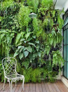 jardins suspendus et décoration de terrasse en bois