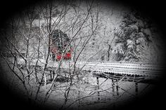 Snowy day in the city, at the Duquesne Incline..