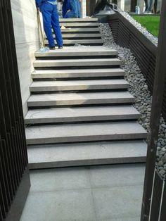 Majstori Beograd - Ukoliko planirate da renovirate stepenice, radimo sa parketom, keramikom, teracom, pranim kulirom i štampanim betonom