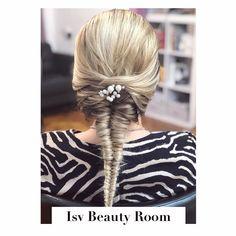 Tail Braids, Beauty Room, Fishtail, Dreadlocks, Make Up, Explore, Tags, Hair Styles, Instagram