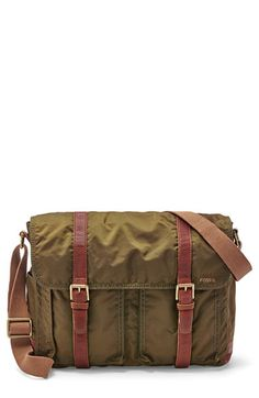 f78f98163f8d Men s Fossil  Estate  Nylon Messenger Bag - Green Green Bag