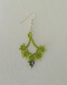 Jewelry: 'Floret' Tatted earrings