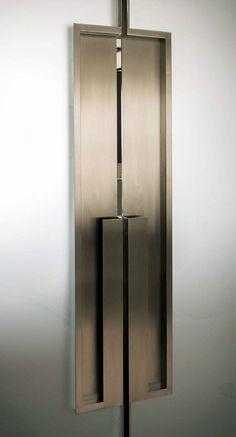 Large Metal Door Pulls - 国外样板房里那些逆天的细节
