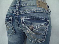SILVER JEANS SALE Buckle Low Rise Flap Pocket Mckenzie Cropped Capri Jean 27 #SilverJeans #CapriCropped