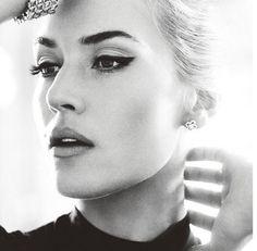 Winged eyeliner ~ Kate Winslet