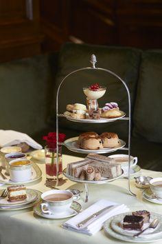 Award winning Park Room at Grosenvor House in London offers an Afternoon tea ...  downtonabbeycooks.com