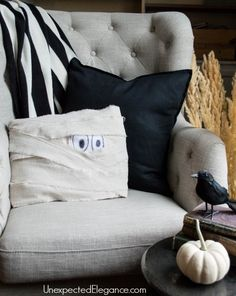 Check out this a fun and EASY Halloween craft decor idea. It's a quick tutorial for a DIY Mummy Pillow.