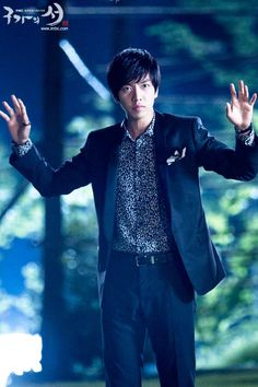 Choi Kang Chi (Lee Seung Gi) ♡ in Gu Family Book . the most handsome Gumiho so far.. hehehe