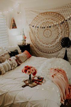 Pin by queen hate on home sweet home: bedroom спальня, дом, Bedroom Paint Colors, Room Decor Bedroom, Dorm Room, Bedroom Bed, Room Decor Boho, Bohemian Room, Teen Bedroom, My New Room, My Room