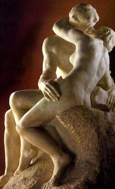 Rodin - Le Baiser (1889) http://jpdubs.hautetfort.com/archive/2009/07/06/le-baiser-dans-l-art.html