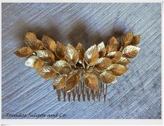 tocado hojas doradas