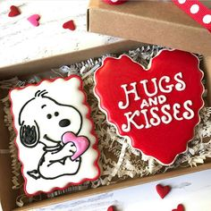 """Brandy Criss on Instagram: """"I had to start this Feature Friday with this incredibly adorable Snoopy Valentine's Day cookie set by @ausome_sweets #brandybaking…"""""""