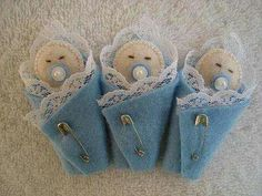 Souvenir Baby Shower Crafts, Baby Shower Themes, Baby Boy Shower, Baby Shower Decorations, Felt Crafts Diy, Felt Diy, Baby Crafts, Baby Shower Souvenirs, Baby Candy