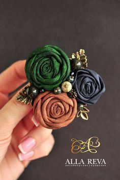 """Купить Брошь """"Лесная глушь"""" - комбинированный, брошь цветок, цветы из ткани, текстиль, текстильная брошь"""