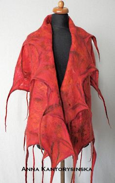 Great for gift. Felted scarf RED. Cheerful and nice and warm scarf for winter season. The scarf has all tones of red in the world, but also cherry, claret, ruby, black, orange. It is made of high quality Australian merino wool and is decorated with silk fibers. Did I mention it is delightfully red?  Perfect fashion accessory gift for an outfit and occasion !  L 180 cm x W 60 cm (71 in x 23,6 in) (without dreads)  This handmade felted scarf is an eco fashion product. It means it is 100%…