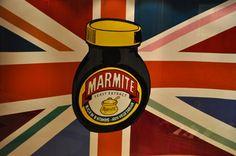 #109: Offrir du Marmite à vos ennemis