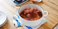 Mama's Best Ever Spaghetti & Meatballs Recipe | RAGÚ