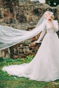 Ethereal Bridal Inspiration at Castle Ruins in Finland | Image by Petra Veikkola, Dress by Pukuni