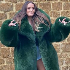 Fox Fur, Fur Coat, Sexy Women, Long Hair Styles, Submission, Furs, Jackets, Big, Colors