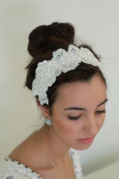 Rustic+Bridal+Headpiece+Ivory+Lace+and+Pearl+by+antiquebridal,+$50.00