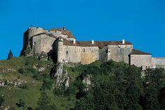 Montagnes du jura chateau de joux bas