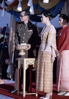 Our Beloved King & Queen Of Thailand. King Bhumipol, King Rama 9, King Of Kings, King Queen, King Thailand, Thai Princess, Queen Sirikit, Bhumibol Adulyadej, Thai Traditional Dress