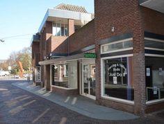 Winkelruimte huren in Venray? Bepaal nu vrijblijvend uw huurprijs en kom direct in onderhandeling met de verhuurder!  #Winkel #Winkelruimte #Huren #Tehuur #Schoolstraat #Marktstraat #Venray #Venroj #Rooj #Limburg #Nederland #Direct #Beschikbaar #Ondernemers #MKB #Winkeliers #Bieden #Huurprijs #Huurbieding