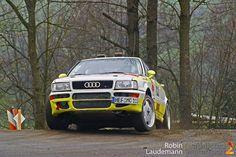 Falls ihr das nötige Kleingeld besitzt, dann könnte dieser brutale Rallye-Bolide bald euch gehören! Es handelt sich bei dem Wagen um ein Audi S2 Coupe B4 (Typ 89) aus dem ... weiterlesen