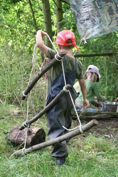 The Forest School Association and its views, principles, and guidelines. Everything you want to know about Forest schools is in this link. Forest School Activities, Nature Activities, Outdoor Activities, Outdoor Education, Outdoor Learning, Outdoor Play, Outdoor Classroom, Outdoor School, Reggio Emilia
