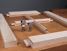 Impressive Woodworking Tools with Some Tricks of the Trade Ideas. Beyond Words Woodworking Tools with Some Tricks of the Trade Ideas. Woodworking Equipment, Woodworking Joints, Easy Woodworking Projects, Woodworking Techniques, Wood Projects, Woodworking Jigsaw, Woodworking Videos, Routeur Cnc, Do It Yourself Furniture