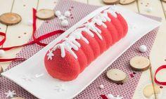 Bûche Pomme d'amour. croustillant spéculoos, pommes caramélisées, crémeux au caramel de beurre salé et mousse vanille.