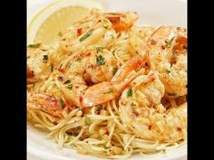 The Easiest Shrimp Scampi Recipe You'll Ever Find Plump shrimp sautéed in a rich & buttery, bright & lemony, herb & garlicky white wine scampi sauce, and tossed with linguine pasta. In just 30 minutes! Scampi Sauce, Shrimp Scampi Pasta, Scampi Recipe, Seafood Recipes, Pasta Recipes, Cooking Recipes, Healthy Recipes, Cheap Recipes, Cooking Ideas